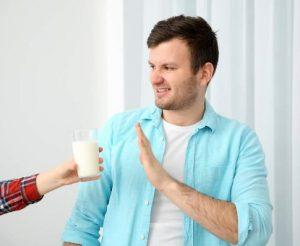 el rechazo y repulsión es la principal desventaja de la leche de cucaracha